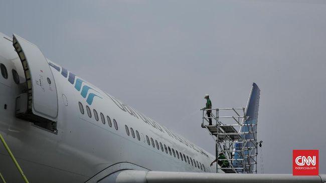 Garuda Indonesia mengklaim telah memenuhi sanksi administrasi yang diberikan, antara lain OJK, berupa denda Rp100 juta dari masing-masing direksi dan komisaris.