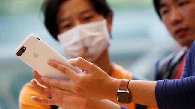 Sejumlah peneliti AS mengembangkan alat bernama Butterfly iQ yang kompatibel dengan iPhone dan dapat membantu mendeteksi kanker.