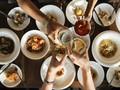 Studi: Makan di Luar Disebut Lebih Berisiko Covid