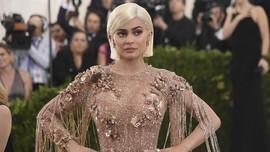 Kylie Jenner Donasi untuk Australia Usai 'Dimarahi' Netizen