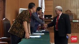 Setya Novanto 'Mencontek' Bukti Hadi Poernomo di Praperadilan