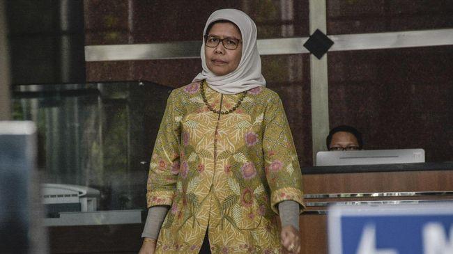 Dirut Jasa Marga Desi Aryyani yang dipanggil KPK untuk dimintai keterangan sebagai saksi dalam kasus dugaan korupsi proyek fiktif tak bisa datang karena dinas.