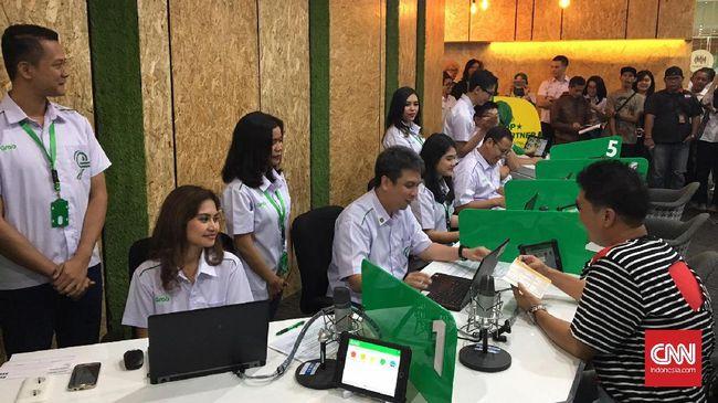 Grab Indonesia bekerja sama dengan BRI meluncurkan Restaurant Value Add Services dan B2B Logistic untuk membantu para pengusaha mikro.