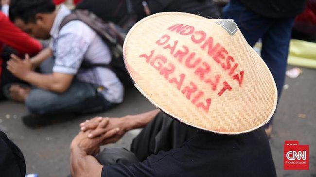 Belasan mahasiswa ditangkap saat akan menggelar aksi memperingati hari tani di Solo, Jawa Tengah.