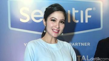 Janin Besar Tapi Baby Bump Kecil Seperti Sandra Dewi? Ini yang Terjadi