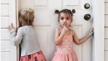 Foto: Super Cute! Gaya si Kembar yang Menggemaskan