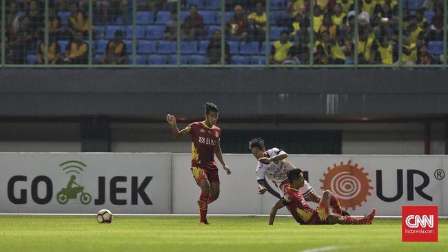 Bhayangkara FC sempat unggul 2-1 di babak kedua, namun laga ditutup dengan kemenangan FC Tokyo 4-2 di Stadion Utama GBK.