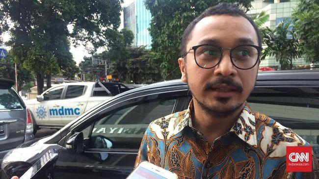 Salah satu warganet membuat lelucon terkait Giring maju di pilpres 2024 dengan membagikan lirik lagu Laskar Pelangi sebagai pidato capres.