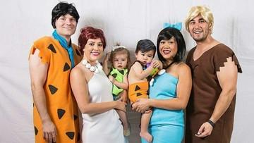 Ide Foto Keluarga Unik: Keren dengan Kostum