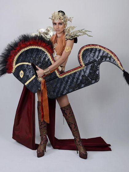 HEBOH!!! Costume Miss Grand International Malaysia Mirip Kuda Lumping, Ini Penjelasannya