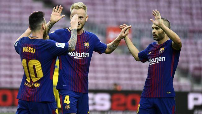Gelandang Sevilla Ivan Rakitic menyebut pemain bintang seperti Lionel Messi perlu diperlakukan dengan istimewa di Barcelona.