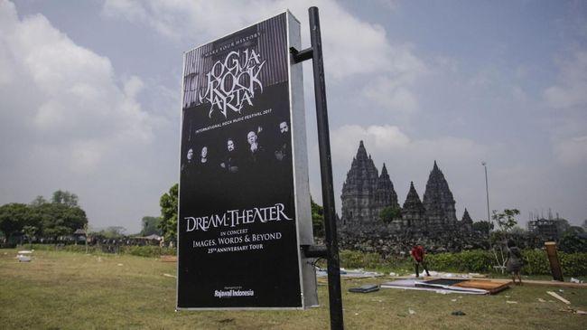 Kontroversi pelaksanaan konser Dream Theater di JogjaROCKarta ternyata hanya permulaan dari polemik yang belum terlihat oleh publik.
