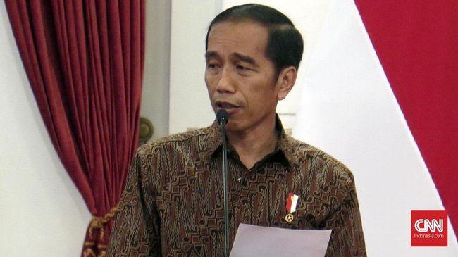 Jokowi heran dirinya terus dikait-kaitkan dengan PKI. Padahal ia masih berusia balita saat PKI masih diperbolehkan.