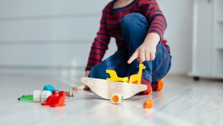 Selain menyenangkan, bermain juga bisa menstimulasi kemampuan sensorik anak.