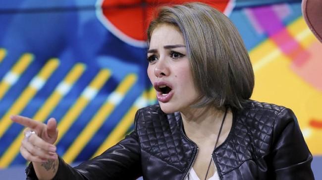 Nikita Mirzani soal Soni Ditangkap: Bravo Polisi, Takbir
