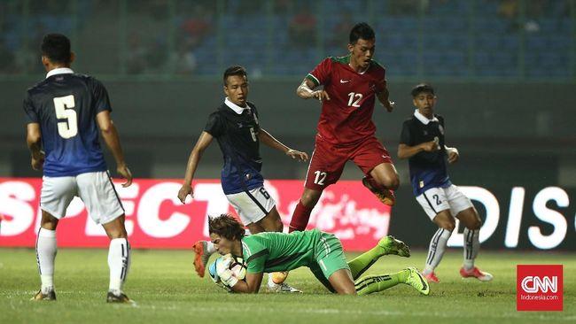 Timnas Indonesia memetik kemenangan atas Kamboja dalam laga uji tanding yang berlangsung di stadion Patriot Candrabhaga, Bekasi, Rabu (4/10).