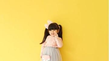 Tingkah Menggemaskan Baby Moonella, si Selebgram Cilik
