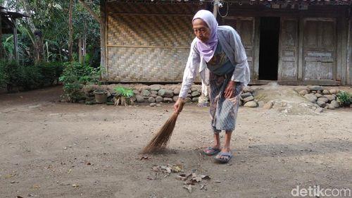Inspirasi Mbah Wiro, Nenek asal Purworejo yang Tetap Bugar di Usia Senja