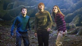 Warner Bros Bantah Garap Serial Harry Potter