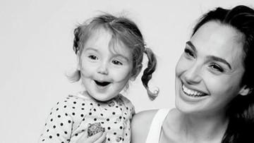Potret Kemesraan si 'Wonder Woman' Gal Gadot dan Putrinya
