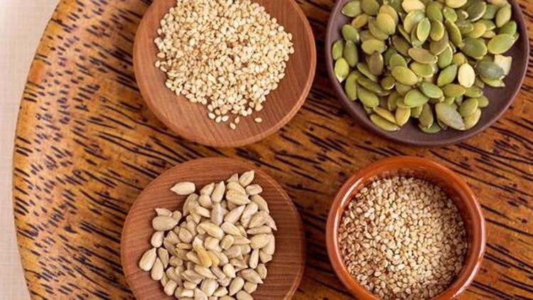 Pemasok suplai air susu ibu (ASI) atau ASI booster bisa dari berbagai jenis makanan sehat terutama dari tumbuhan. Berikut ini ASI booster dari biji-bijian.