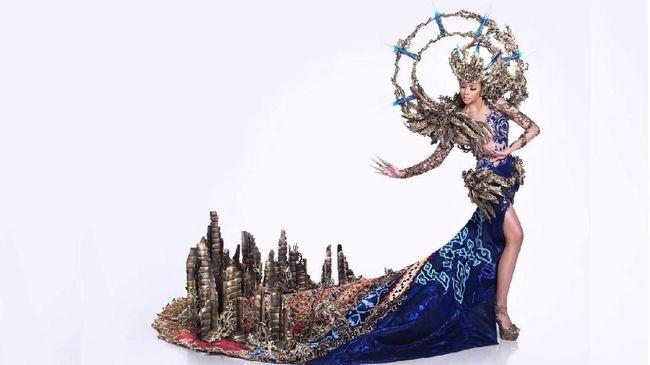 Kostum 'Ibu Pertiwi' keluar sebagai pemenang dan menyabet gelar Best National Costume di ajang Miss Grand International 2017, di Vietnam, Rabu (25/10).