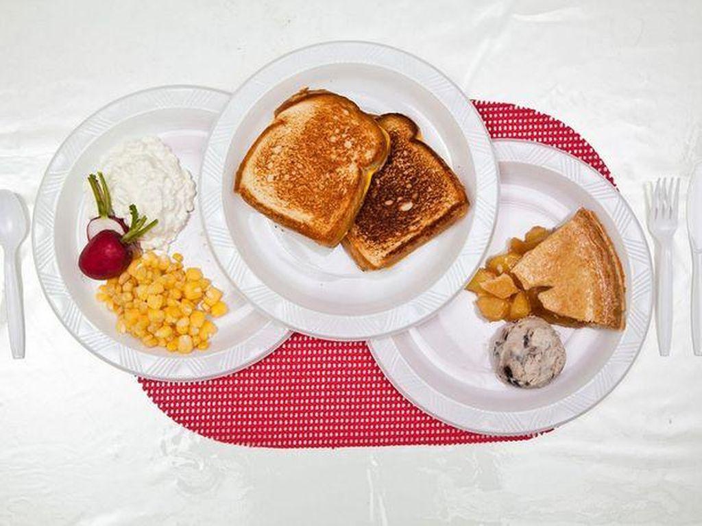 Yang ini adalah santapan terakhir Stephen Anderson. Ia meminta 2 roti panggang keju, keju cottage, jagung, peach pie, es krim chocolate chip dan lobak sebagai santapan terakhirnya. Foto: Mirror