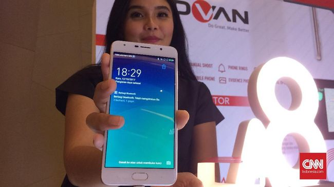 Merek ponsel pintar lokal yang dianggap kurang agresif kalah dibandingkan produsen China.