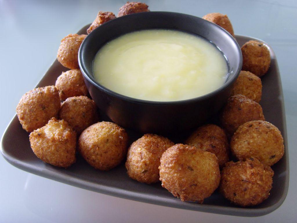 Bayi di Kamerun mengonsumsi fermentasi tepung jagung seperti sereal yang disebut pap. Tampilannya seperti bubur jagung.