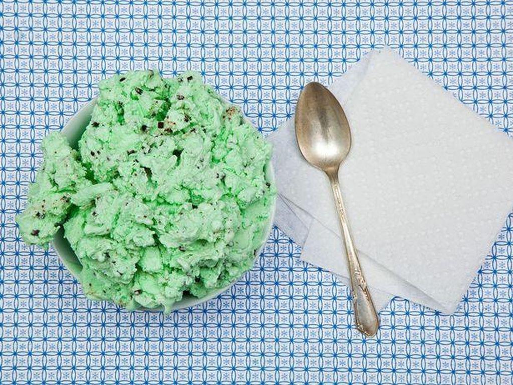 Timothy McVeigh dihukum mati karena membunuh 168 orang. Permintaan terakhirnya adalah 2 pint es krim mint chocolate chip. Foto: Mirror