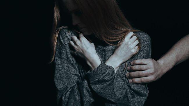Kasus dugaan pelecehan seksual yang dialami pedangdut Via Vallen membuat perempuan Indonesia seharusnya waspada dengan kemungkinan terjadinya pelecehan seksual.