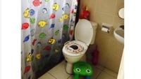 <p>Bisa sekalian potty training juga untuk si kecil kan, Bun. (Foto: Instagram/asrina_raisha)</p>