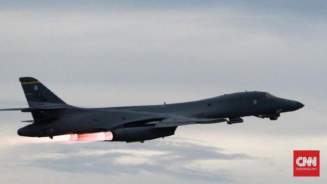 Komandan Pusat Komando Militer AS mengumumkan pesawat terakhir militer AS resmi meninggalkan Afghanistan, pada Senin (30/8), mengakhiri perang terpanjang AS.