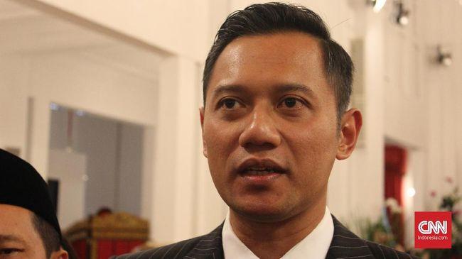 Demokrat mengklaim, elektabilitas AHY terus meningkat usai Pilgub DKI 2017. Elektabilitas AHY itu diklaim bisa mengerek elektabilitas Jokowi di Pilpres 2019.