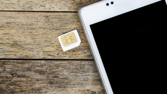 Pelanggan seluler dan pengguna modem diimbau tak menunggu hingga tenggat akhir pada 28 Februari 2018 untuk melakukan registrasi ulang kartu prabayar.