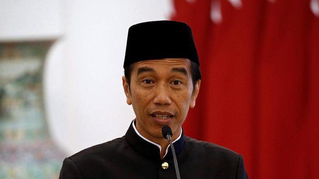 Tiga tahun menjabat, Jokowi dinilai berhasil meraih kepercayaan masyarakat dengan berbagai proyek infrastrukturnya. Sulit mencari celah kegagalannya.