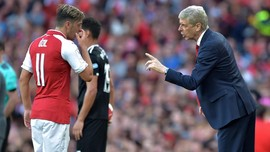 Wenger Ingin Ubah Aturan Sepak Bola
