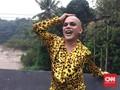 Kepala Gundul Pembawa Rezeki Ozy Syahputra