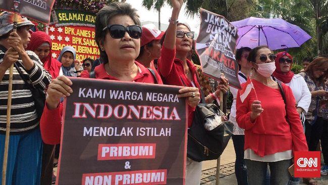 Polisi menghentikan penyelidikan kasus pidato 'pribumi' yang menyeret Gubernur DKI Anies Baswedan karena laporannya dicabut.