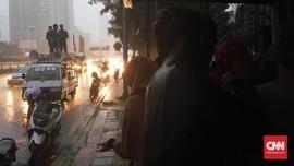 Polisi Dituntut Bebaskan Mahasiswa Pedemo 3 Tahun Jokowi