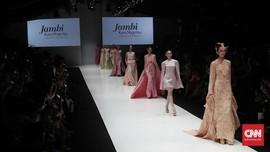Persembahan untuk Barli Asmara di Pembukaan JFW 2020