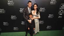 Ronaldo Dilarang Ganti Bohlam Sendiri di Rumah