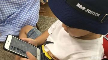 Bebaskan Anak Main Gadget Saat Sakit, Yay or Nay?
