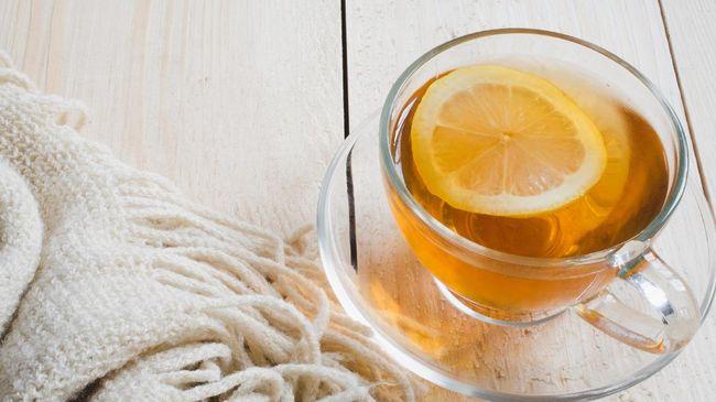 Beragam jenis teh dapat disesuaikan peruntukannya. Teh hijau bisa diminum buat semangat pagi, sementara chamomile bisa buat tidur lebih lelap.