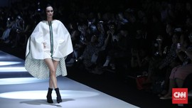 FOTO: Wajah 'Modernisme' 5 Desainer Dewi Fashion Knights
