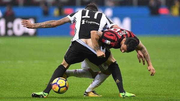 Juventus Benamkan Milan