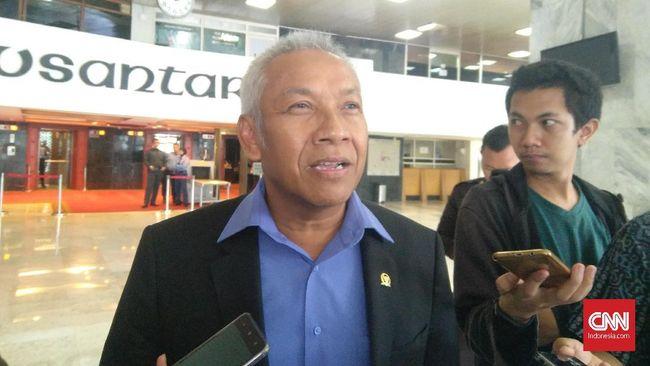 Wakil Ketua DPR Agus Hermanto mengatakan parlemen akan segera menggelar rapat paripura untuk mengesahkan RUU Terorisme usai masa reses berakhir.