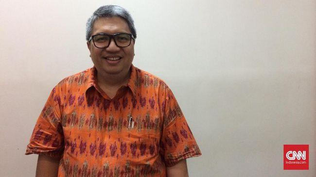 Asosiasi Pengusaha Ritel Indonesia (Aprindo) menyatakan, maraknya penutupan gerai ritel memicu gelombang Pemutusan Hubungan Kerja (PHK) di industri tersebut.
