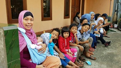Cerita Unik Keluarga dengan 10 Anak