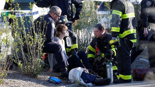 Dua sumber dari penegak hukum menyebut pelaku serangan teror mematikan di New York teridentifikasi sebagai Sayfullo Habibullaevic Saipov.